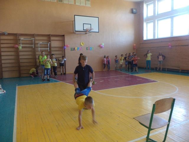 http://bronguta.at.ua/VESELKA/DSC03376.jpg