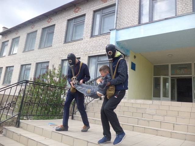 http://bronguta.at.ua/oborona/DSC03088.jpg
